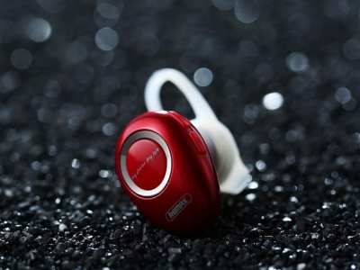 Bluetooth слушалка REMAX RB-T22, Червен