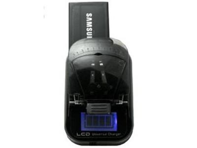 ЗАРЯДНО ЗА БАТЕРИИ +USB LCD UN-L004
