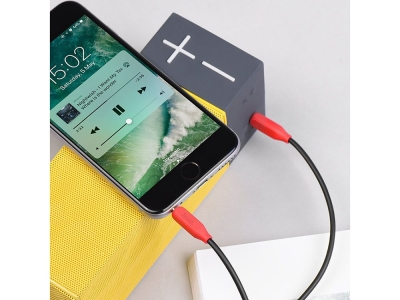 HOCO Аудио кабел AUX UPA12 3.5mm с микрофон 1M , Черен